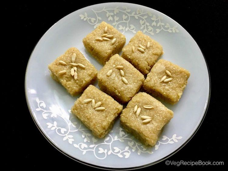 meeng burfi recipe   meeng khoya burfi recipe   meeng katli recipe   khoya burfi recipe